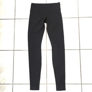 Lululemon Woman's Black Regular Leggings